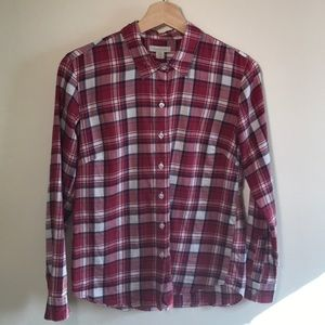 Garnett Hill red plain button top